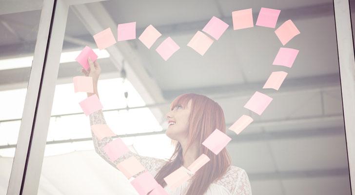 職場での片思いを社内恋愛に発展