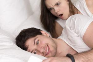 男に怒る女