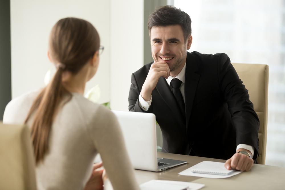 職場で男性上司からの下心