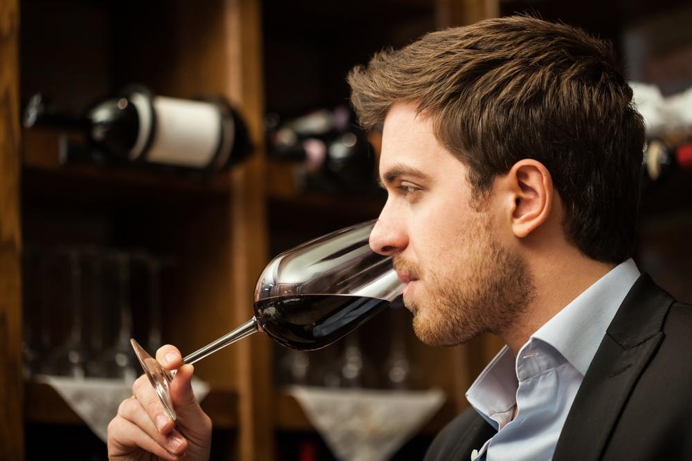 ワイン好きな男性
