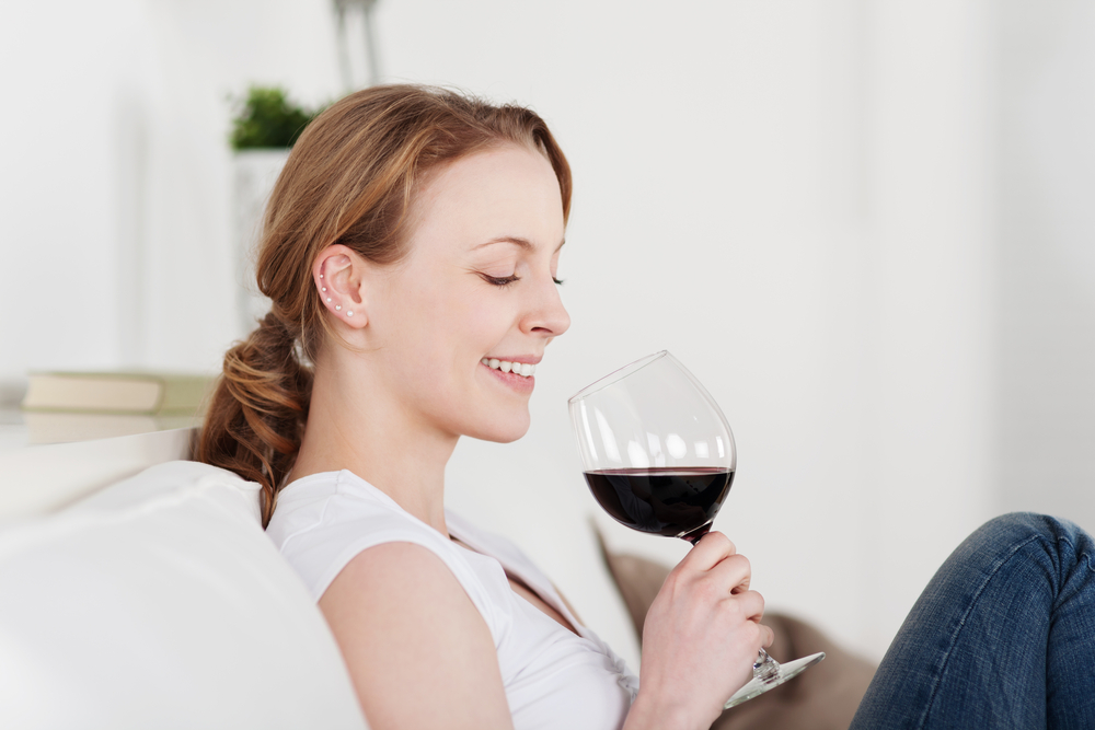 一人暮らしの女性のワインの選び方