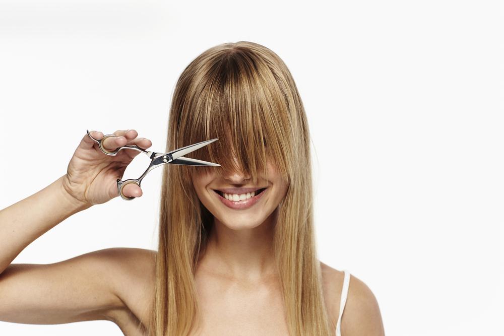 彼女が髪を切る夢