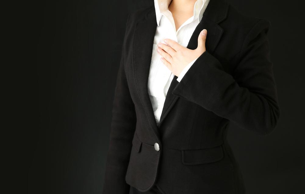 意見を積極的に述べる責任感が強い女