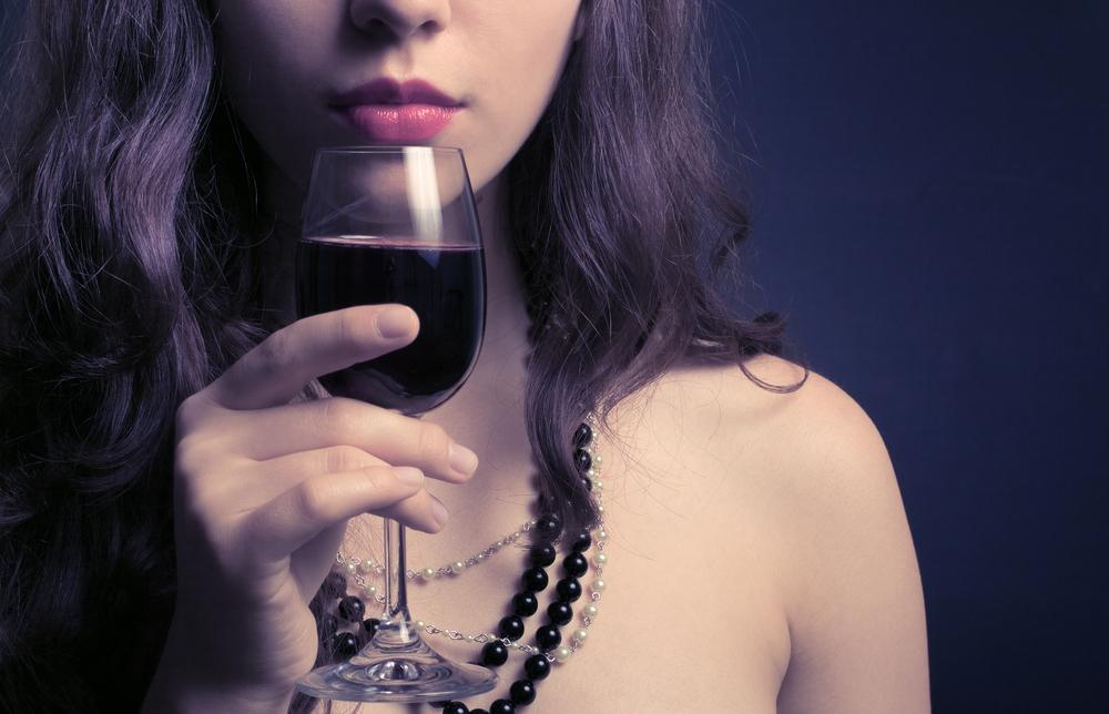 ワインが似合う女性