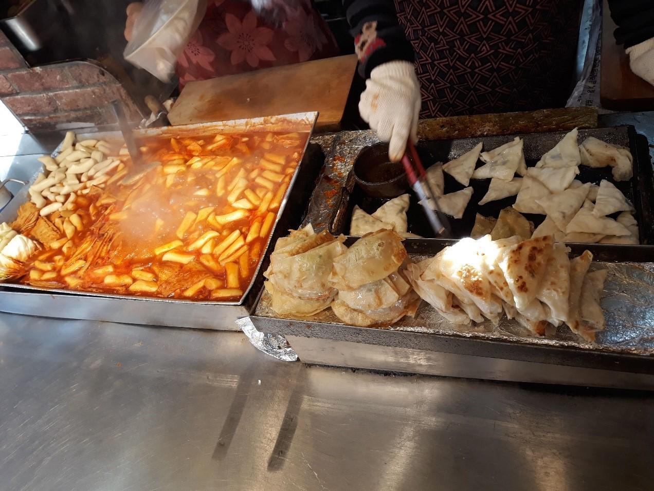 「西門市場(ソムンシジャン)」で食べ歩き